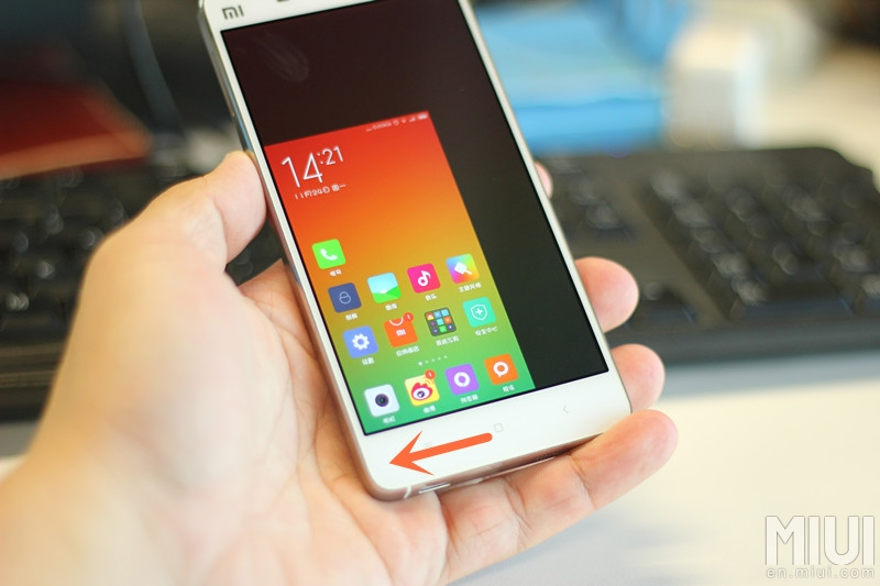 Easily Get One Hand Mode in Large Screen Android Phones