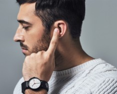 Sgnl - Make Phone Calls with Your Fingertip, literally